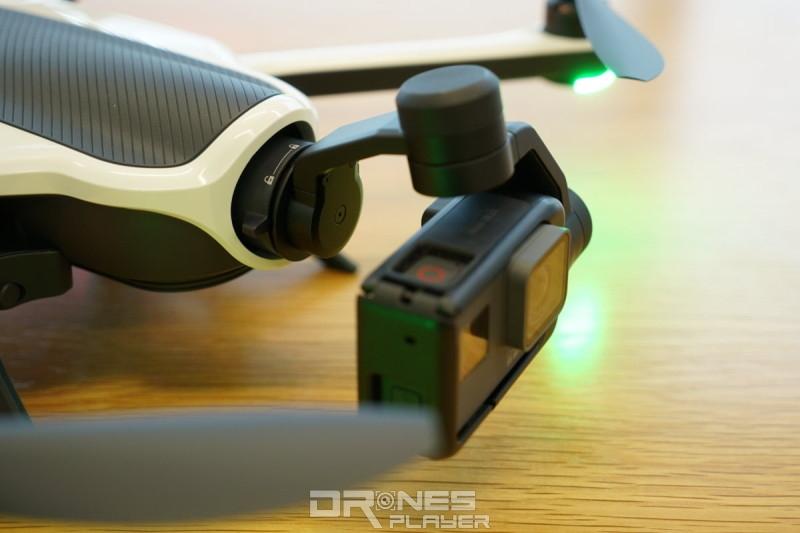 GoPro Karma 穩定器安裝在無人機