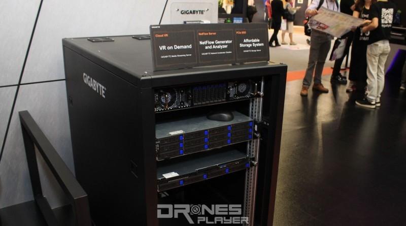 Gigabyte G250 系列雲端伺服器可安裝 8 至12 張顯示卡。
