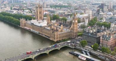 英國擬加強規管無人機 用家持 250 克機體要登記和測驗