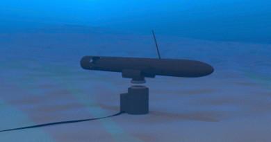 美海軍研水中無人機無線充電座 不斷續航深入敵軍海域