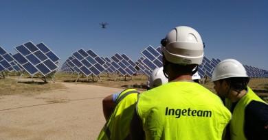 西班牙能源公司研發智能無人機 自動監測太陽能發電系統
