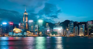 尖沙咀聖誕特備節目亮相 香港首無人機空中表演