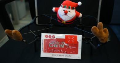 DJI Spark 專用節日裝扮 站在無人機上的聖誕老公公