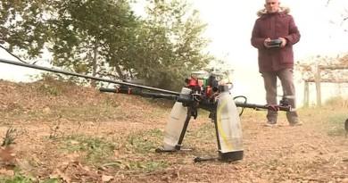 航拍機結合殺蟲劑變黃蜂殺手 法國男自製「飛天滅蟲器」
