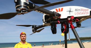 無人機救兩衝浪少年  完成救援僅 70 秒