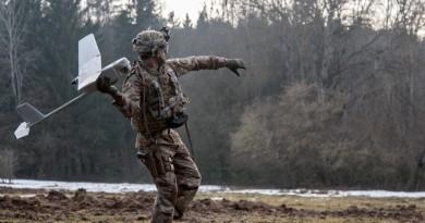 美軍實戰測試「渡鴉」無人機 演習官兵評價表現正面