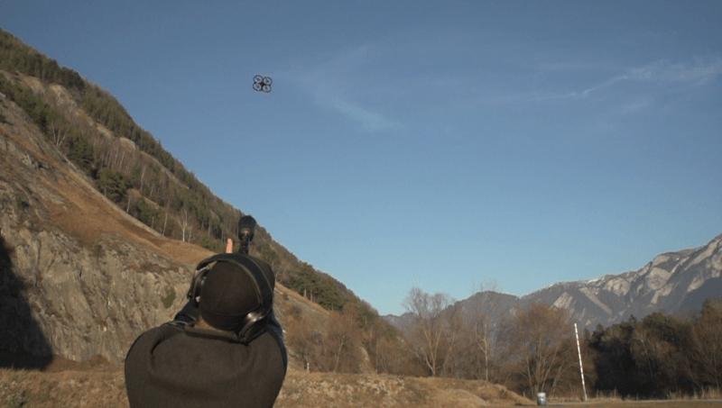 Dropster 繩槍可擊落無人機。