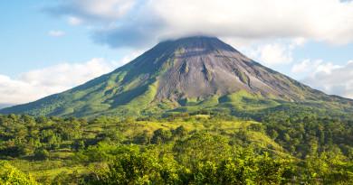 無人機近距離收集煙流數據 助科學家研究火山爆發