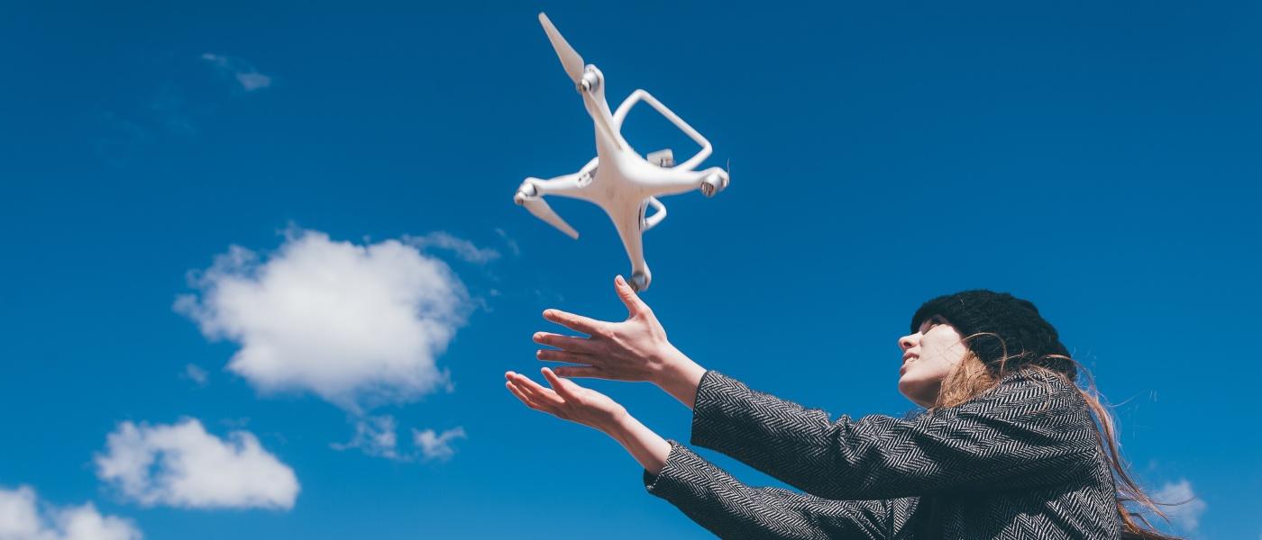 空拍機亂飛很危險?美國無人機險撞事故其實只有 3.4%!