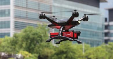 美心起用港產無人機送外賣 XDynamics 速遞薄餅半分鐘抵步